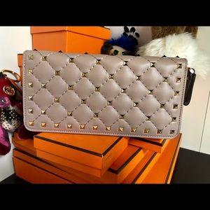 Brand new Valentino Rockstud Long Wallet